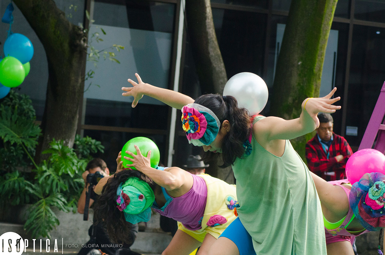 end-2016-la-bola-coreografia-irene-martinez-grupo-mandinga-plaza-angel-salas-ccb-fotografia-gloria-minauro_2112p