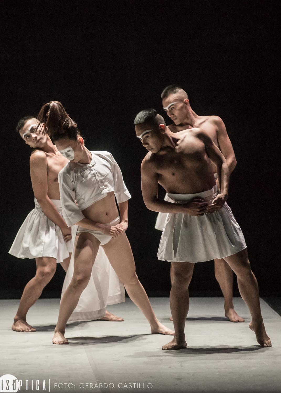 "Tjimur Dance Theatre presenta ""As Four Step"" en el XLIV FIC"