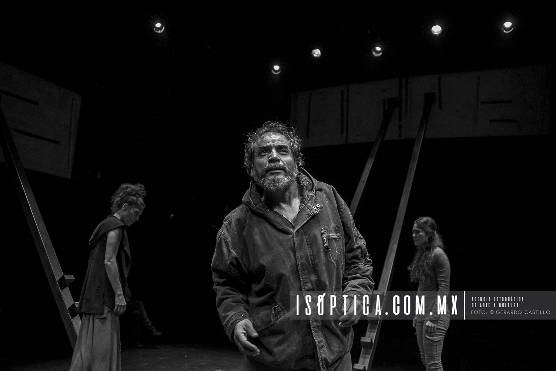 """Presenta Hugo Arrevillaga """"Las lágrimas de Edipo"""" ."""