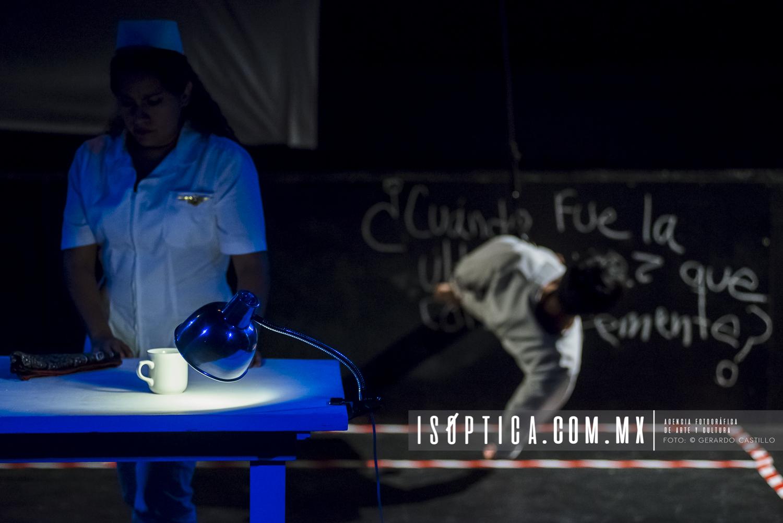 "Conejo Blanco presenta ""Fractura Múltiple"" dentro de Escenarios"