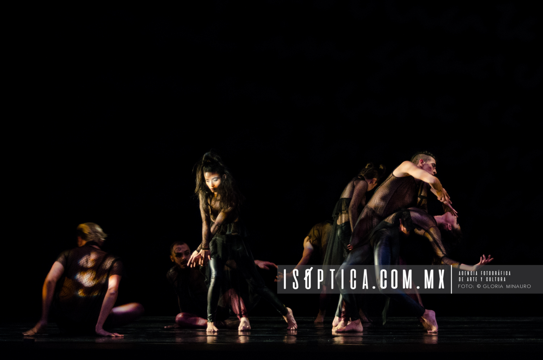 "Presenta Aksenti Danza ""Nisi Dominus"" en la sala Miguel Covarrub"
