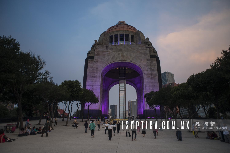 CuerposEnRevuelta_MonumentoRevolucion_Foto-LilianaVelazquez_IsopticaLVG_8338