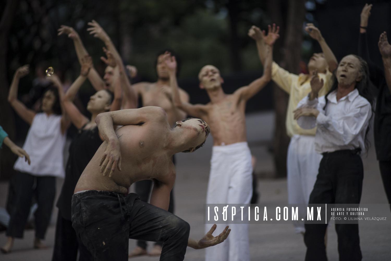 CuerposEnRevuelta_MonumentoRevolucion_Foto-LilianaVelazquez_IsopticaLVG_8344