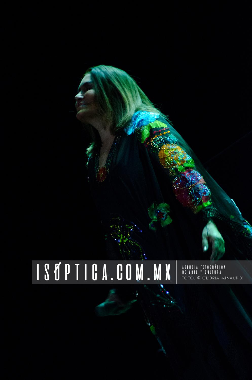 Tania Libertad, 100Violetas para la Esperanza, Teatro de la Ciud
