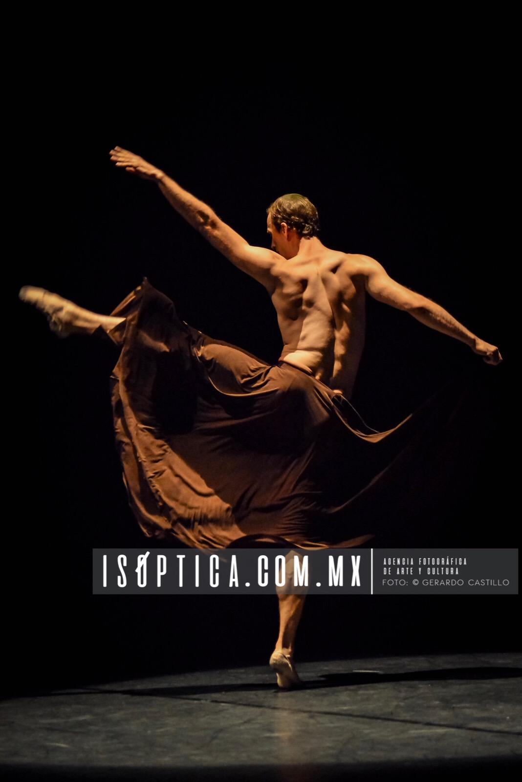 Se presenta la segunda Gala MULTIESTELAR en el Teatro Metropolitano dentro del Ibérica Contemporánea IMG_2110