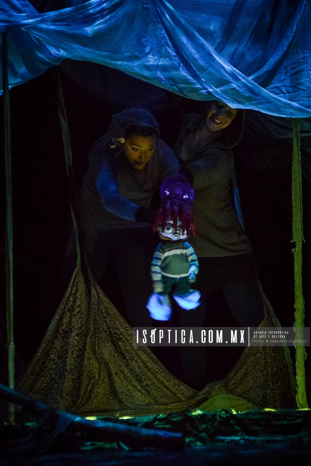 """Con """"ONDIN"""" La compañía canadiense buscará sorprender a su audiencia con recursos visuales, auditivos y narrativos. XLV/ Festival Internacional Cervantino. Fotos: Gerardo Castillo / WWW.ISOPTICA.COM.MX"""