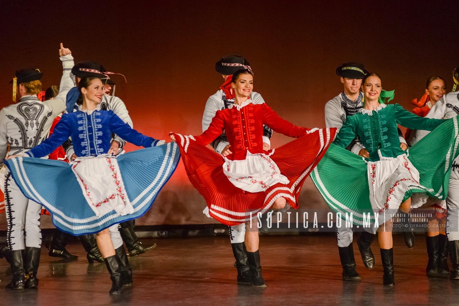 Una noche llena de sincronía y belleza ilumina la Alhóndiga de Granaditas XLV/ Festival Internacional Cervantino. Fotos: Gerardo Castillo / WWW.ISOPTICA.COM.MX