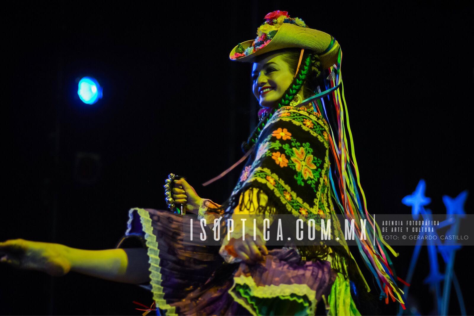 Ballet_FolcloricoEdoMex_Foto-GerardoCastillo-ISOPTICA_IMG_2653