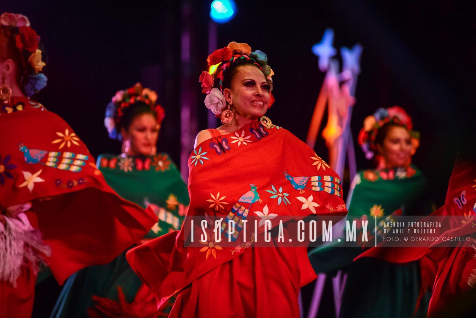 Ballet_FolcloricoEdoMex_Foto-GerardoCastillo-ISOPTICA_IMG_2654