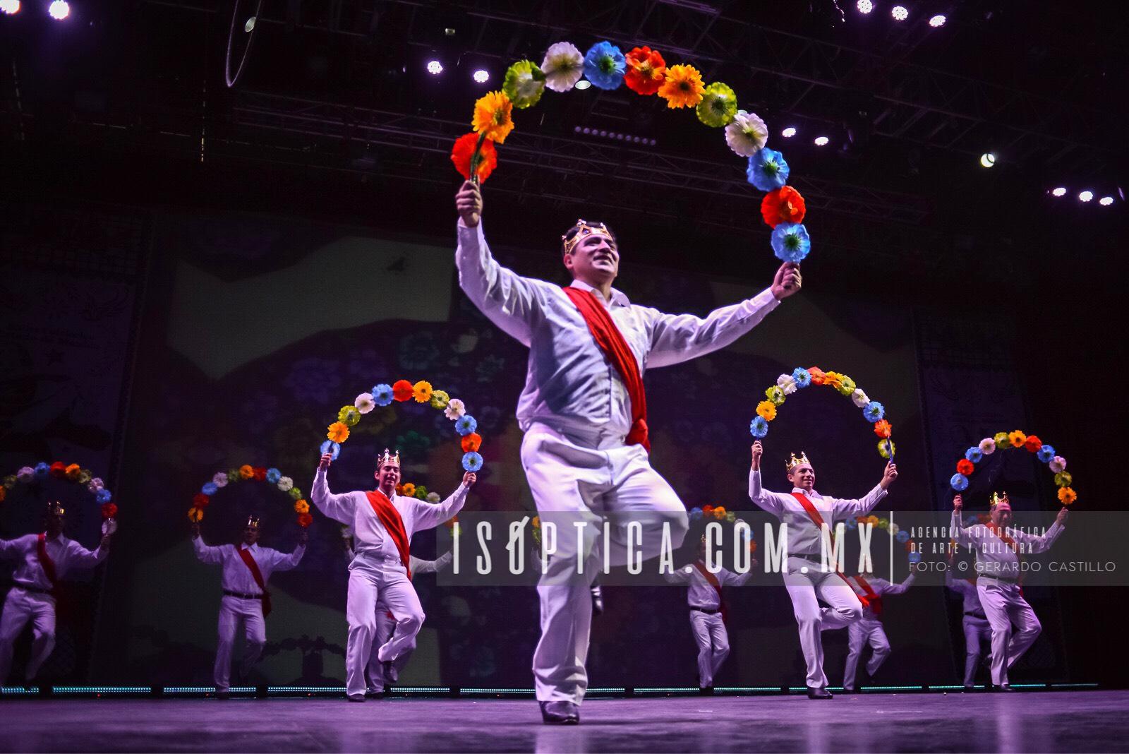 Ballet_FolcloricoEdoMex_Foto-GerardoCastillo-ISOPTICA_IMG_2655