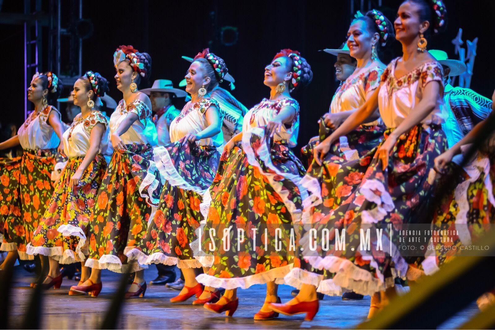 Ballet_FolcloricoEdoMex_Foto-GerardoCastillo-ISOPTICA_IMG_2657
