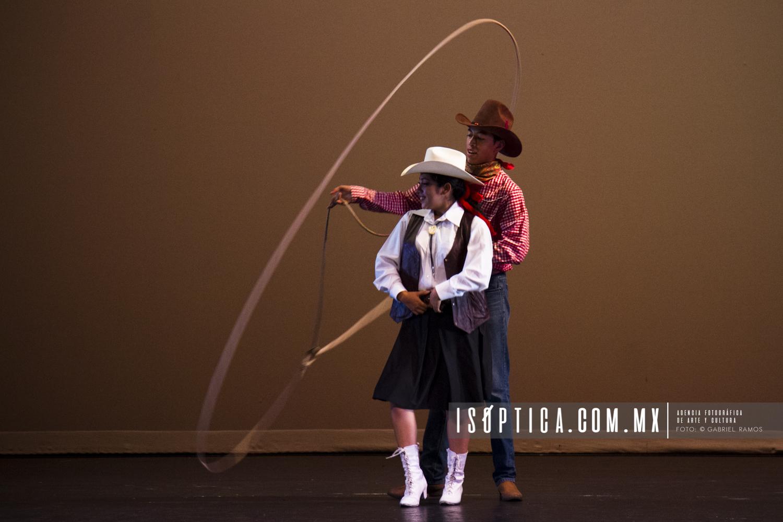 DanzaUNAM_Festival Folclor_Taller Dancistico Centeotl_Foto-Gabriel Ramos