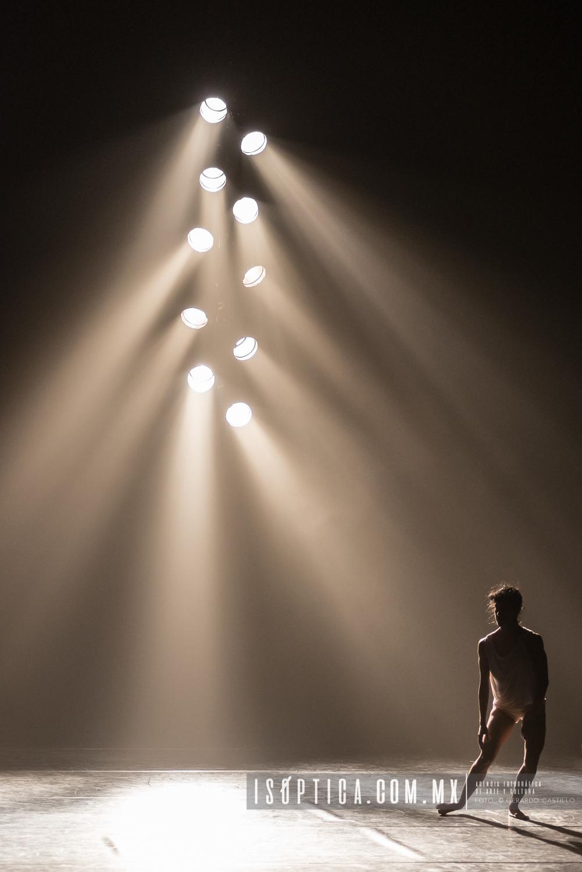 "Presenta Kibbuts ""Hoses in the sky"" de Rami Be´er en la sala Mi"