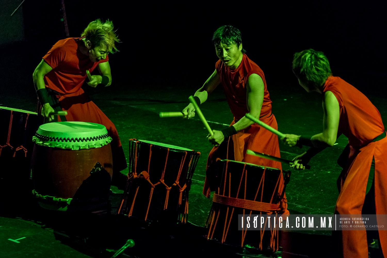"Presenta Hiroyuki Okada El ""Baile de los Leones y la Montaña Ne"