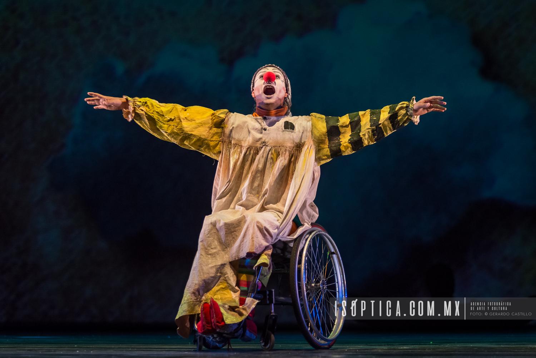 """Presenta Triciclo Rojo: """"Lumi Patafísico"""" en la sala Miguel Cov"""