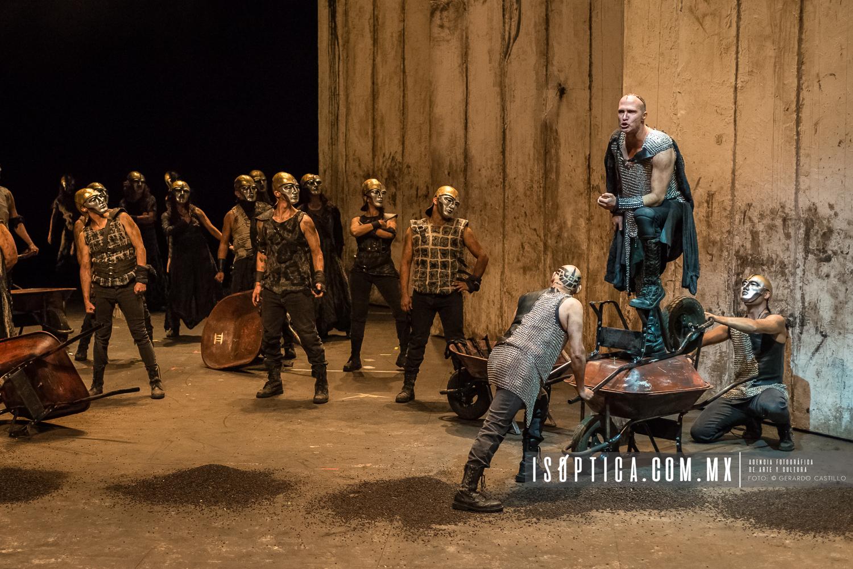"""Presenta La compañia Nacional de Teatro, """"NUMANCIA"""" de MiguelDe"""